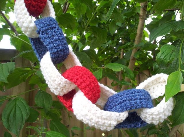 crochet paper chains 2